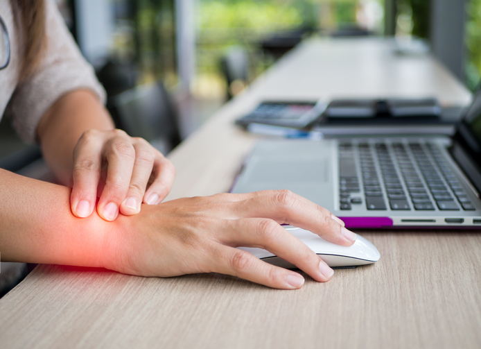 Oakville Physiotherapy Repetative Strain Injury wrist at computer